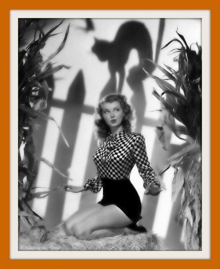 Vintage actress Lillian Wells - Halloween pin-up
