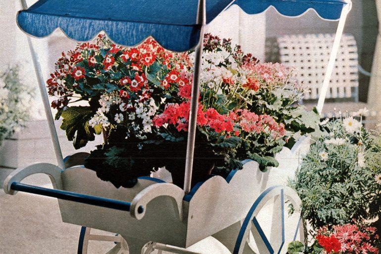 Vintage backyard flower cart from 1958 (1)