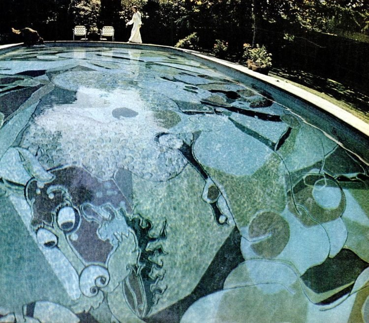 Vintage backyard swimming pools with painted designs (1970)