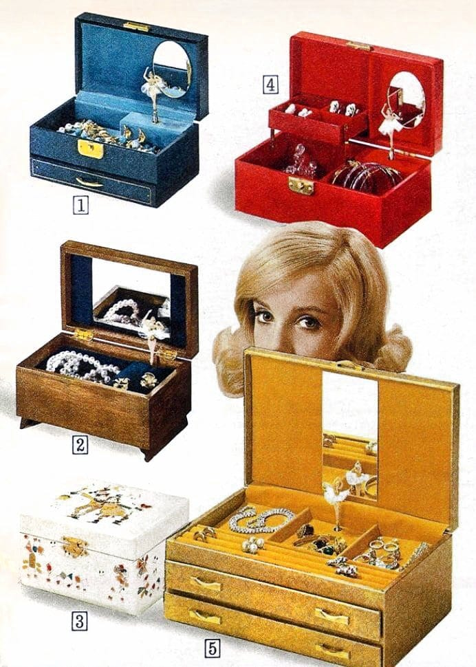Vintage ballerina music boxes