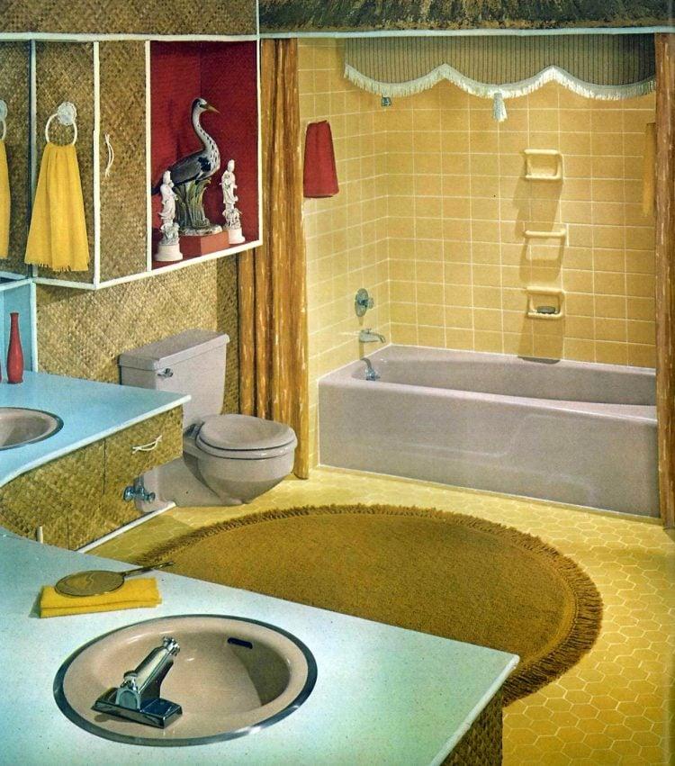 Vintage bathroom style ideas from 1962 (4)