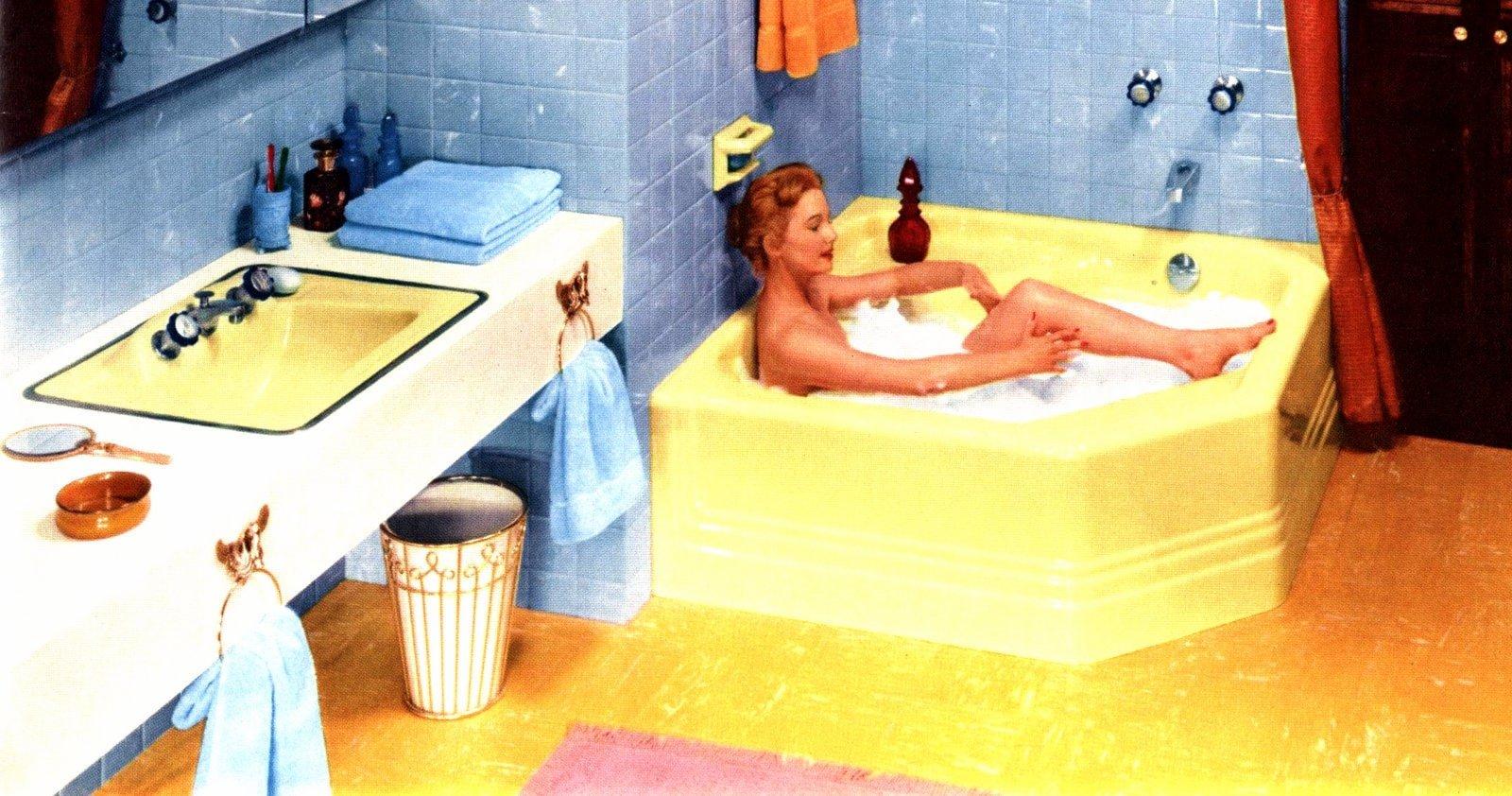 Vintage blue bathroom tile design ideas from the 1950s