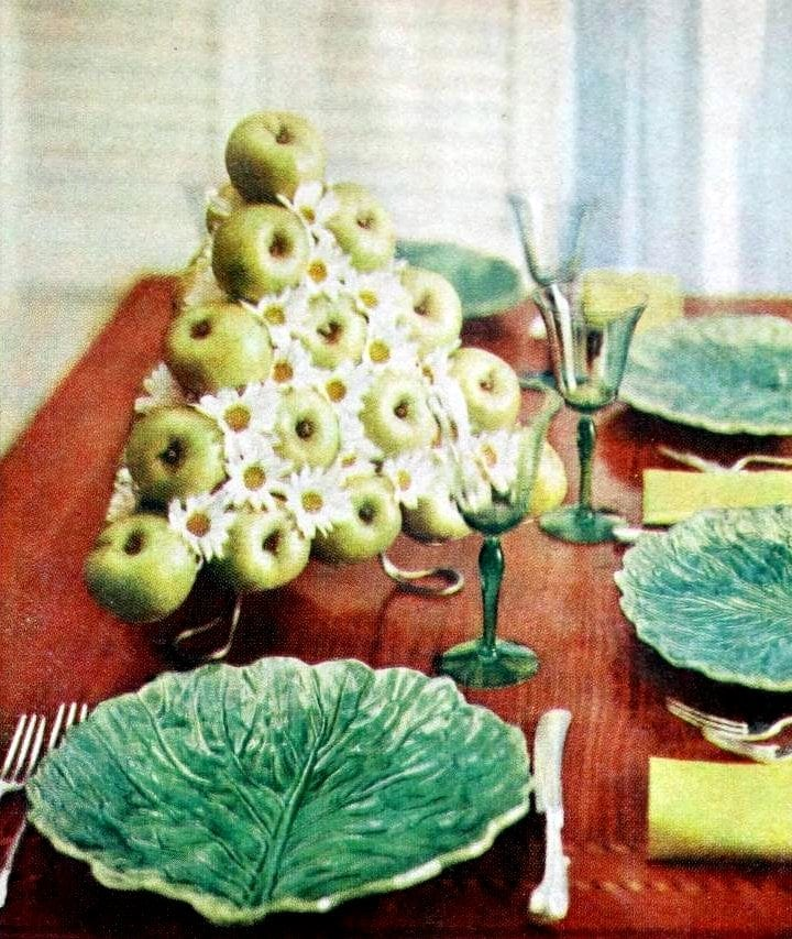 Vintage centerpiece ideas from the 60s and 70s (3)