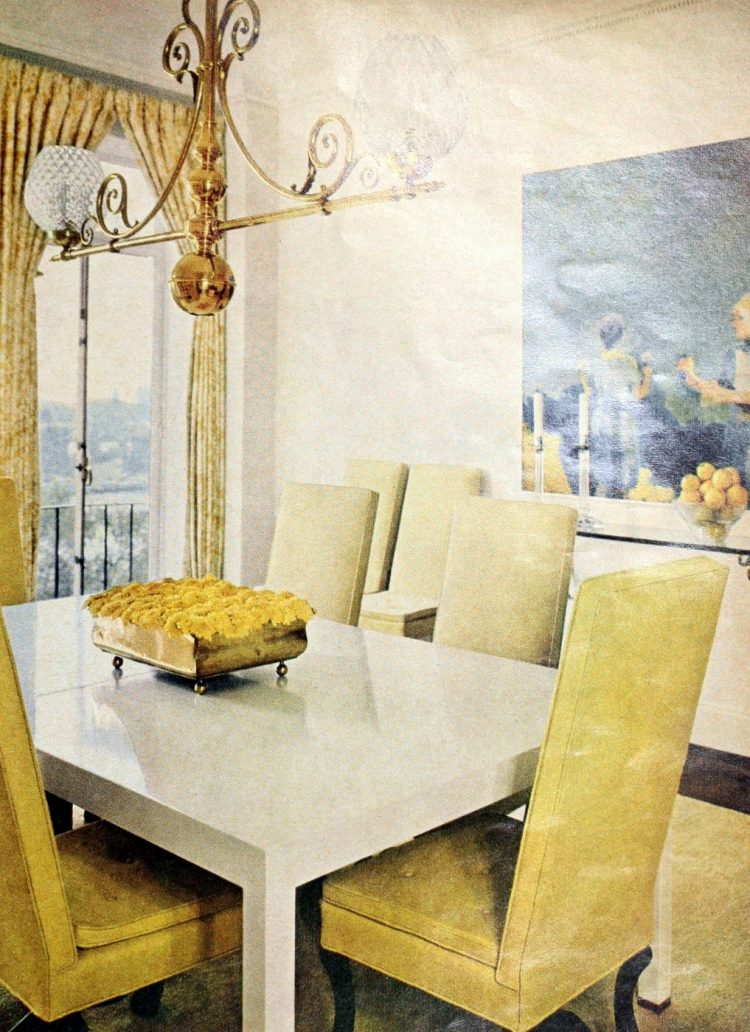 Vintage centerpiece ideas from the 60s and 70s (4)