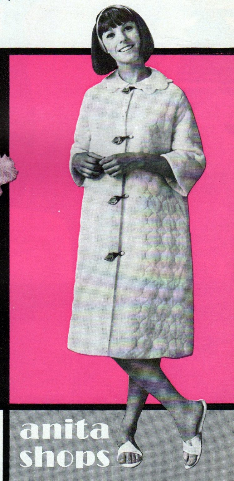 Vintage clothing from the 60s - Chiffon nylon quilted duster