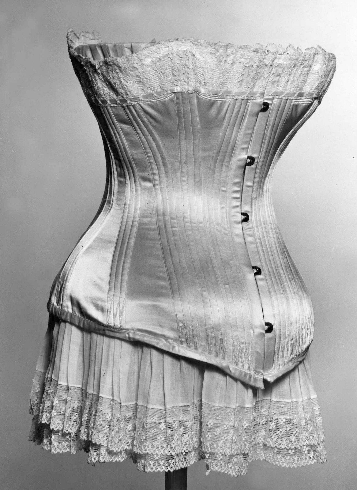 Victorian corset c1885 - French design