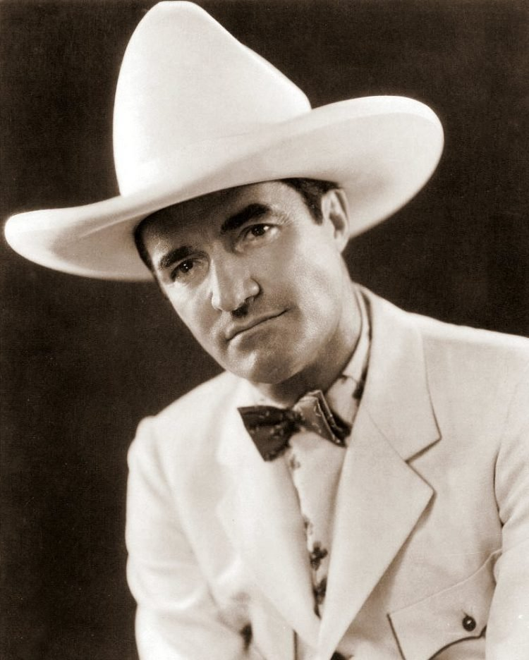 Vintage cowboy actor Tom Mix - Silent film era (1)
