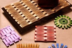 Easy vintage crafts: How to make wooden clothespin trivets & coasters