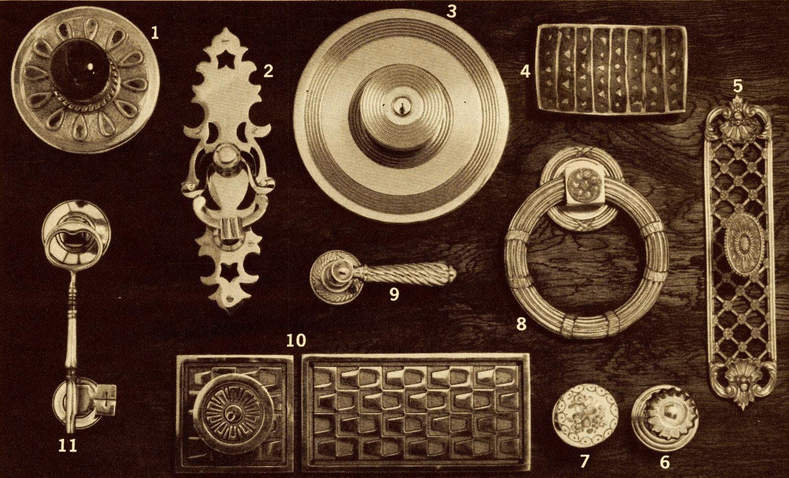 Vintage doorknobs, handles and pulls (1965)