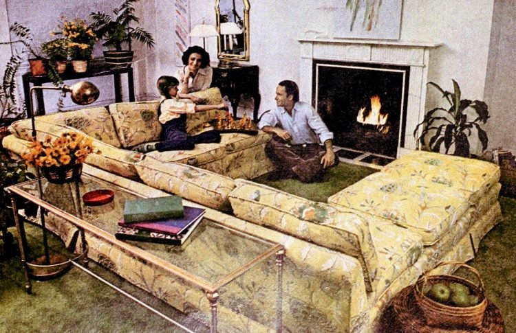 Vintage family-friendly sectional couch in the living room - 1970s
