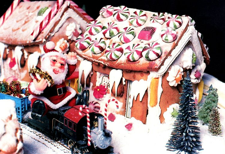 Vintage gingerbread houses (1)