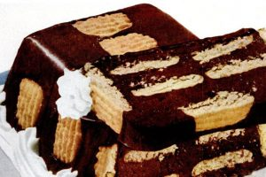 Vintage ice box cookie cake recipe from 1953-001