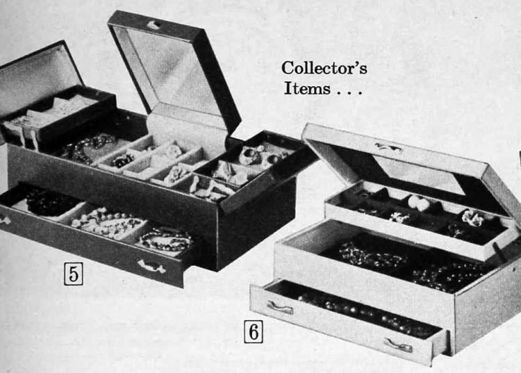 Vintage jewelry boxes from 1967