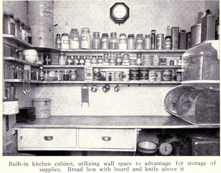 Vintage kitchen from the early 1900s (5)