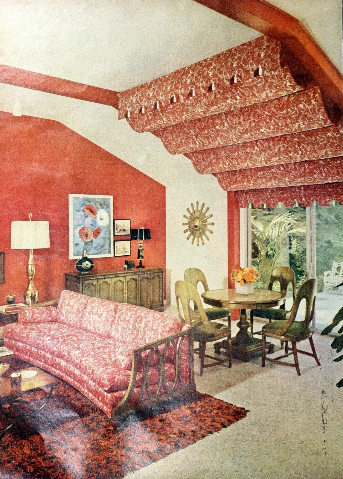 Vintage living room with mid-century floral soft furnishings (1962)