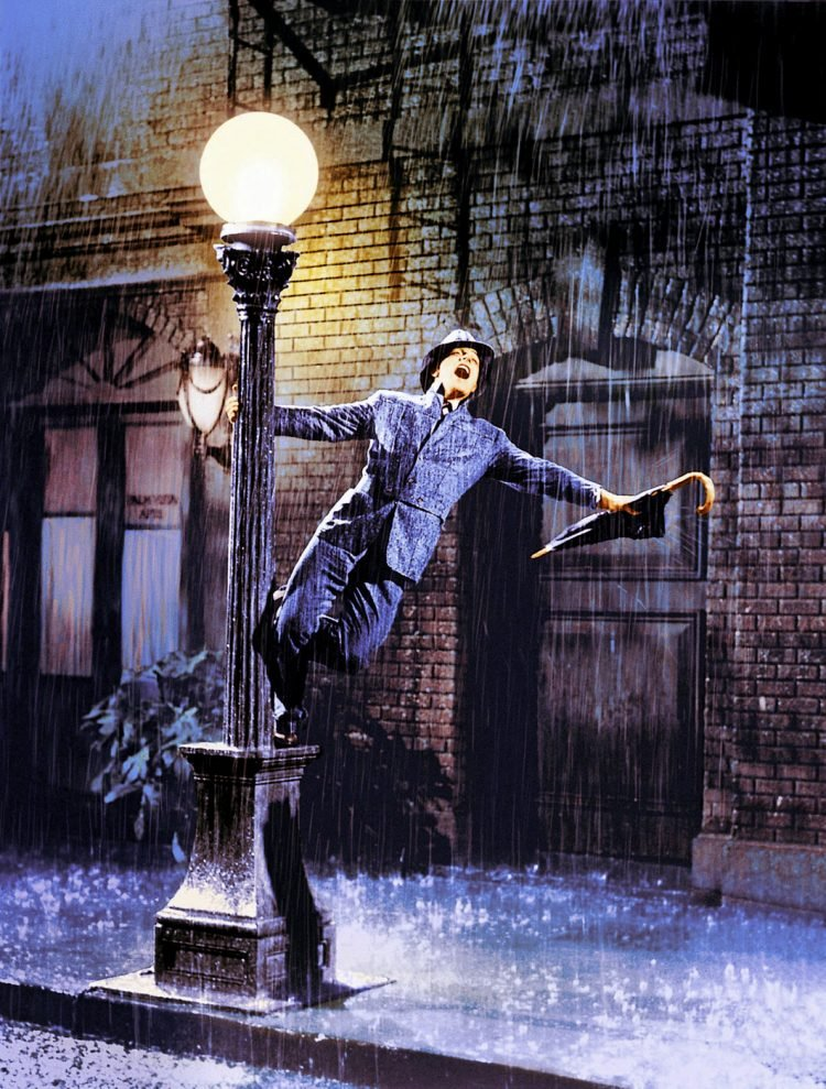 Vintage movie - Singin in the Rain scene (2)