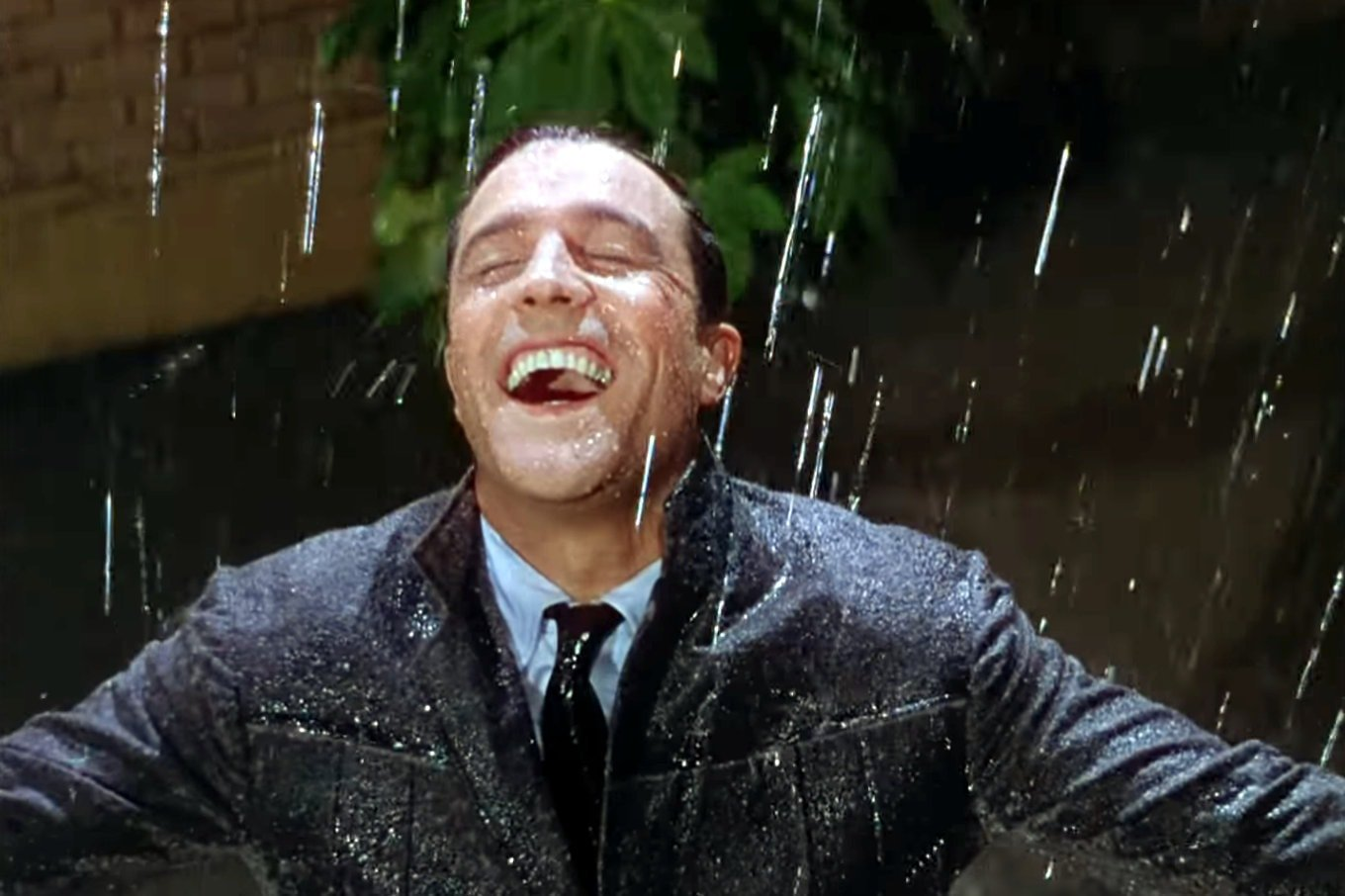 Vintage movie - Singin in the Rain scene (4)