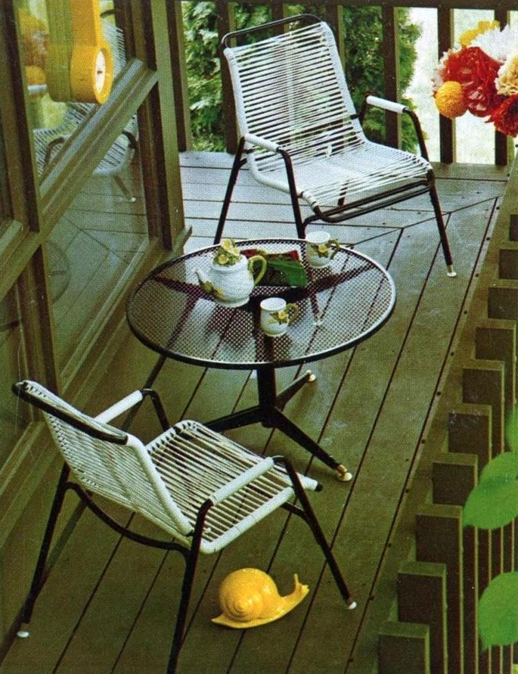 Vintage patio furniture from 1972 (1)