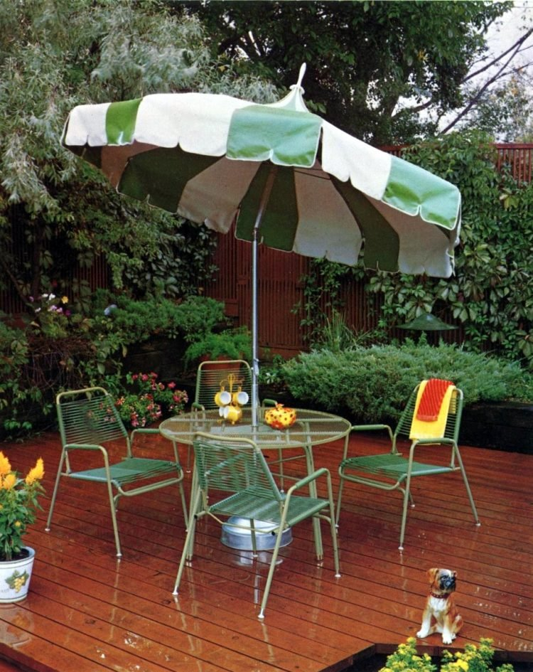 Vintage patio furniture from 1972 (2)