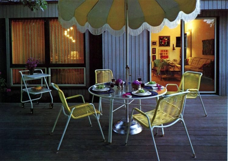 Vintage patio furniture from 1972 (5)