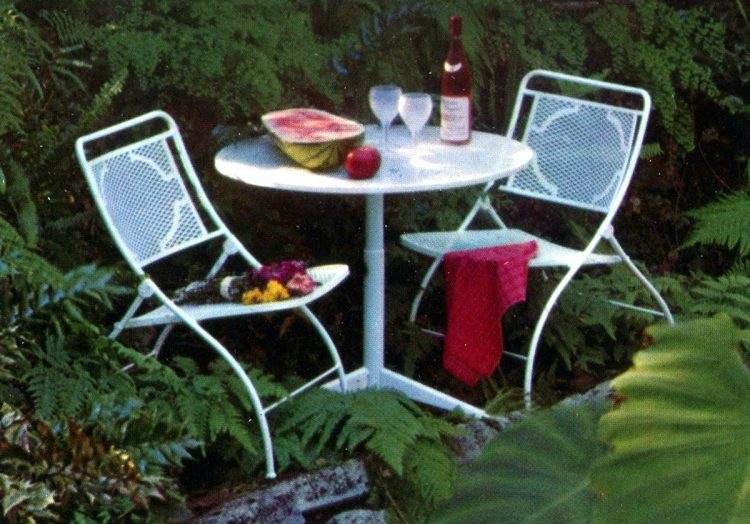 Vintage patio furniture from 1972 (7)