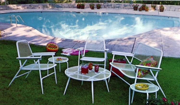 Vintage patio furniture from 1972 (8)