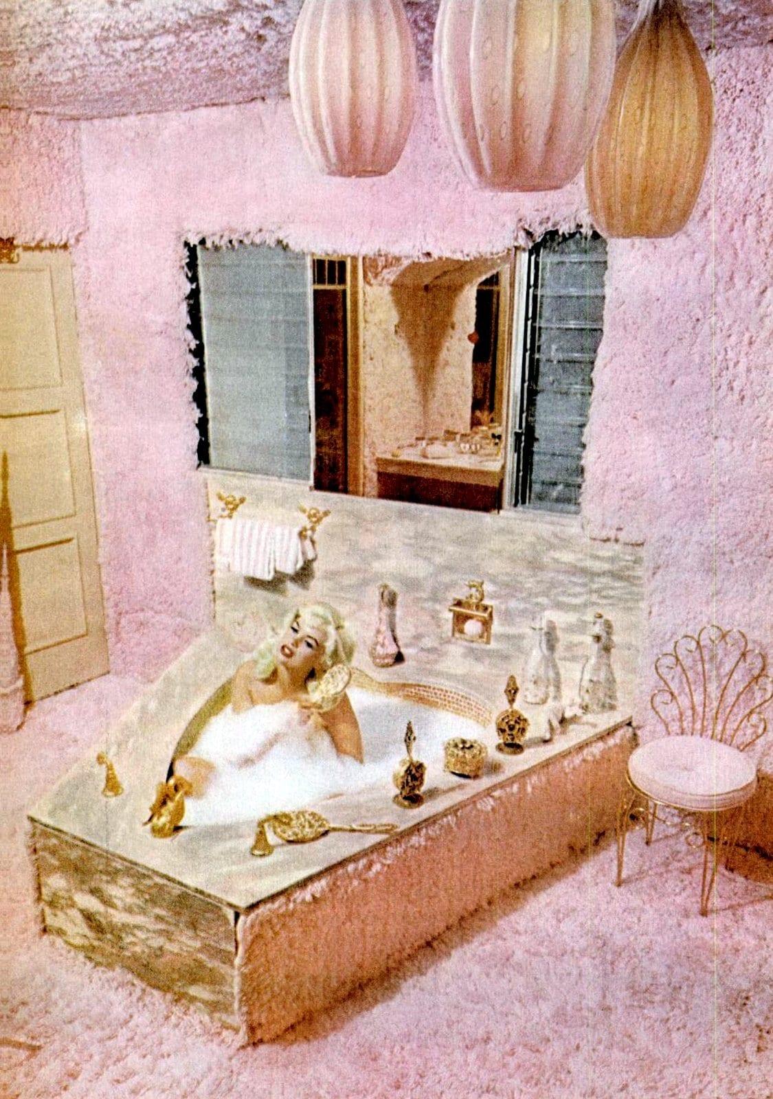 Vintage pink bathrooms - Jayne Mansfield