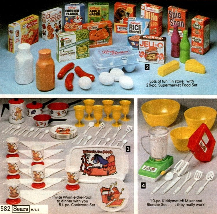 Vintage play food and dishware