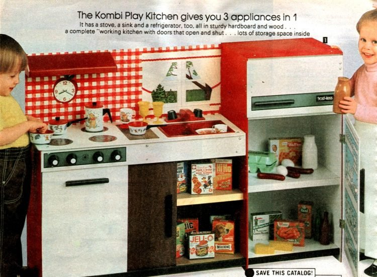 Vintage play kitchen toys from 1981 (4)