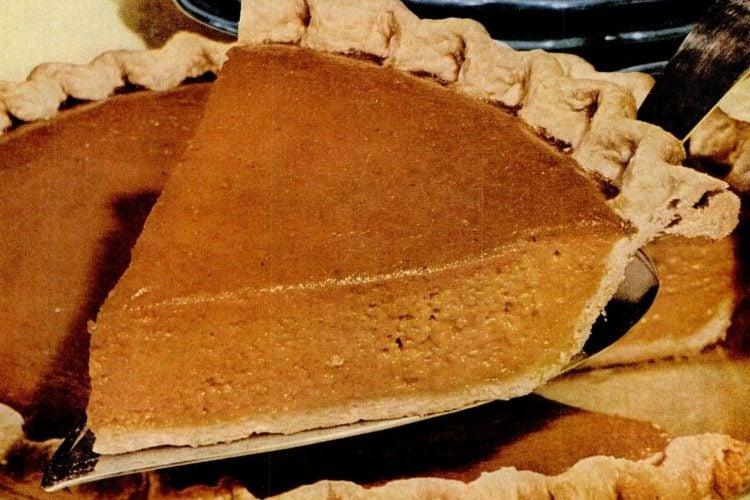 Vintage pumpkin pie recipe with Vegetable oil pie crust