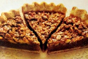 Vintage recipe - Classic walnut pie (1991)