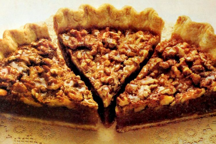 Vintage recipe - Classic walnut pie (1991)
