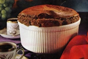 Vintage recipe - How to make a chocolate souffle with pudding mix (1961)
