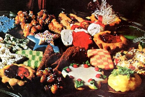 Vintage recipes for the yummiest, best-eating Christmas cookies ever (1966)
