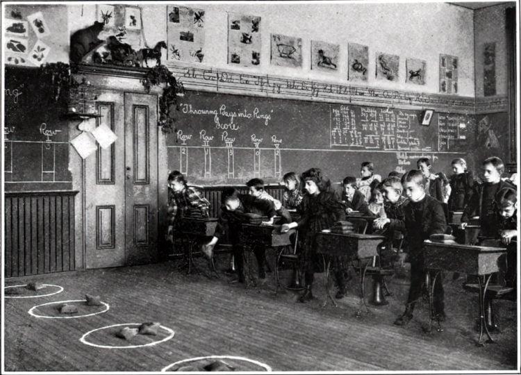 Vintage school classrooms in 1899 (8)