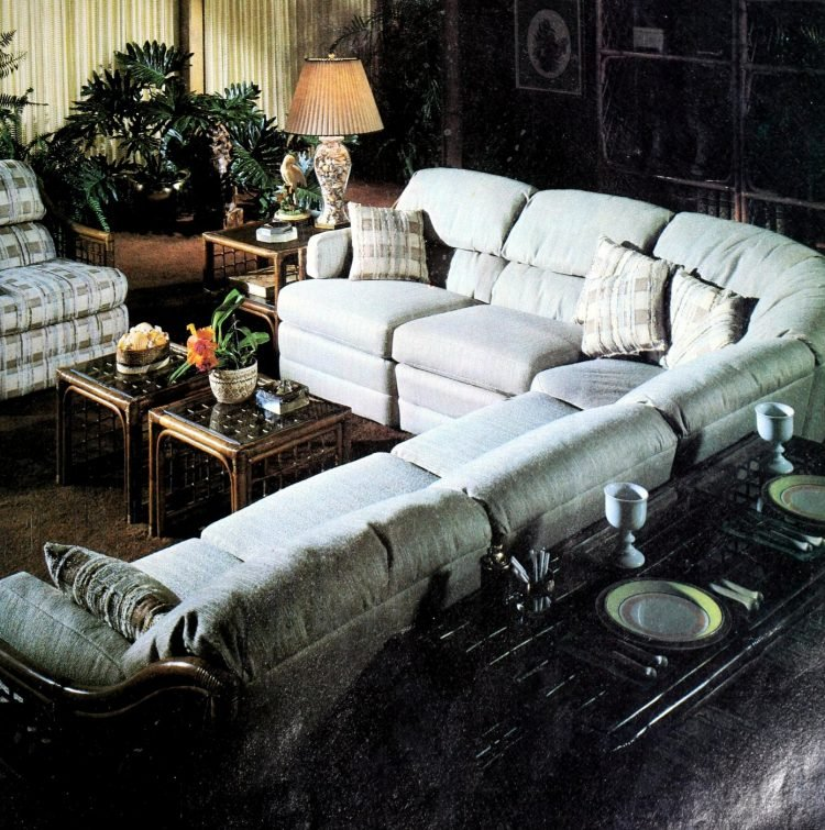 Vintage sectional sofas from the 1970s (5)