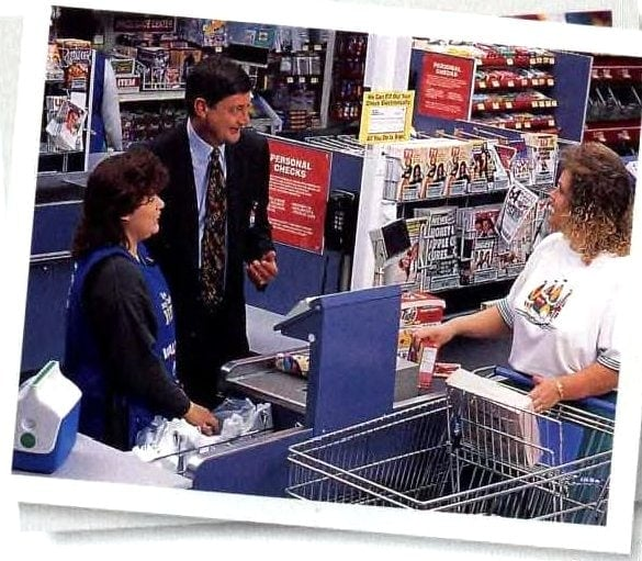 Vintage shoppers at Wal-Mart in the 1990s (1)