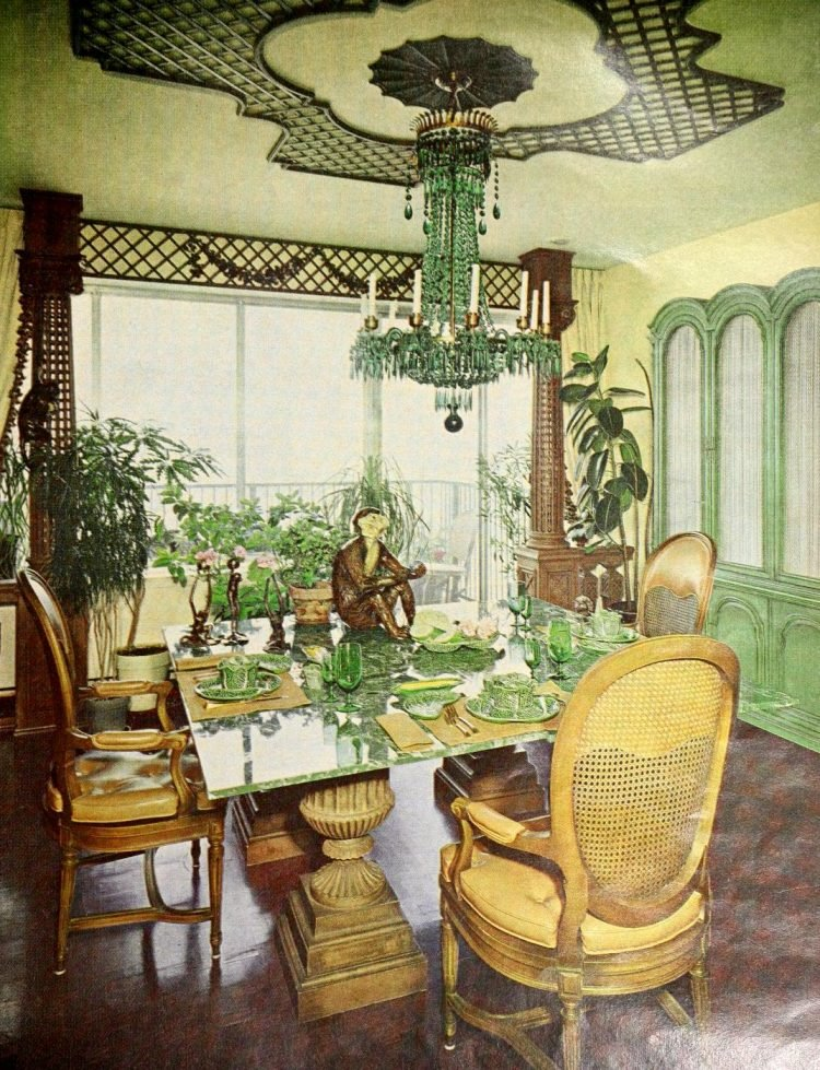 Vintage table decor from 1965 (7)