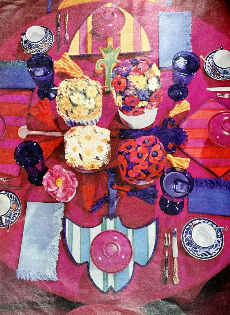 Vintage table decor from 1965 (9)