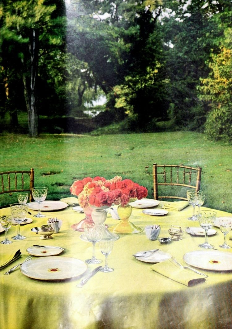 Vintage table setting ideas from the 50s (10)