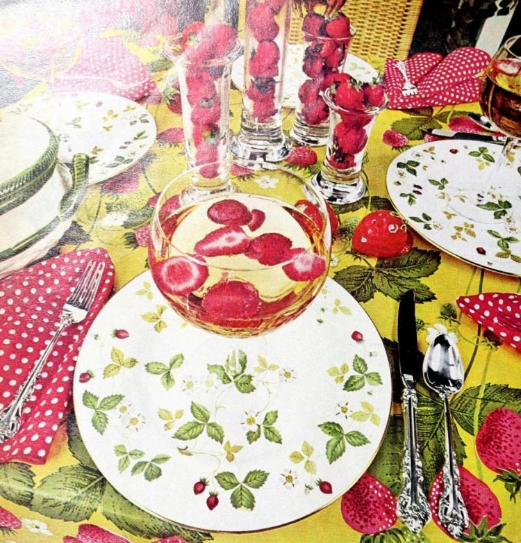 Vintage table setting ideas from the 70s - 1975 (8)