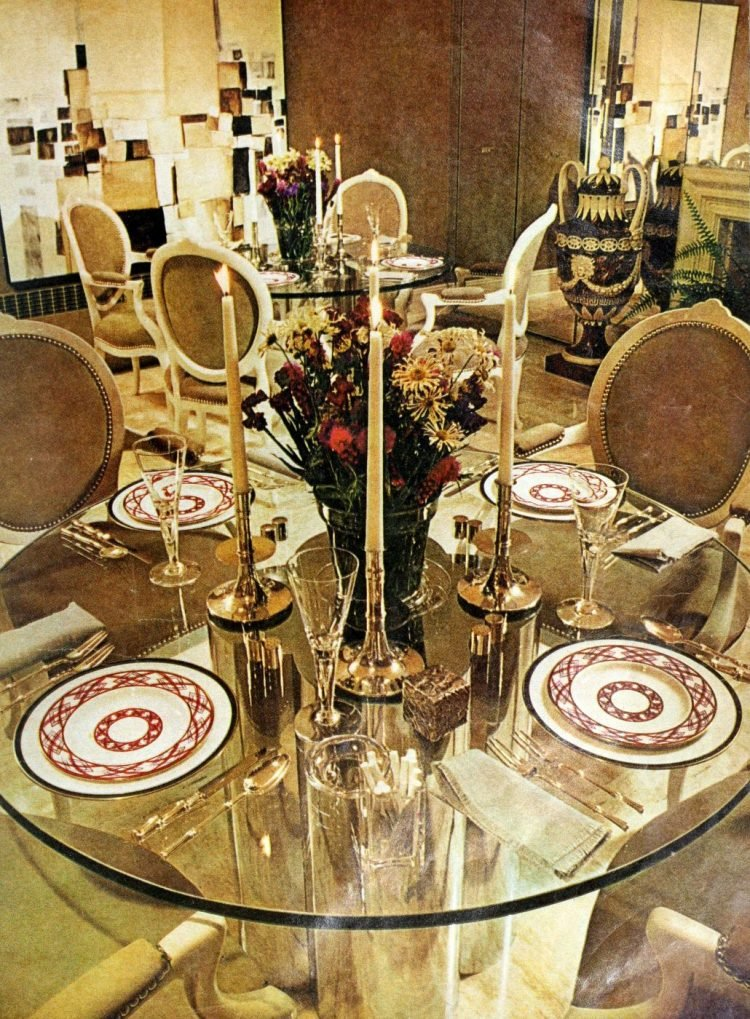 Vintage table settings from 1974 (1)