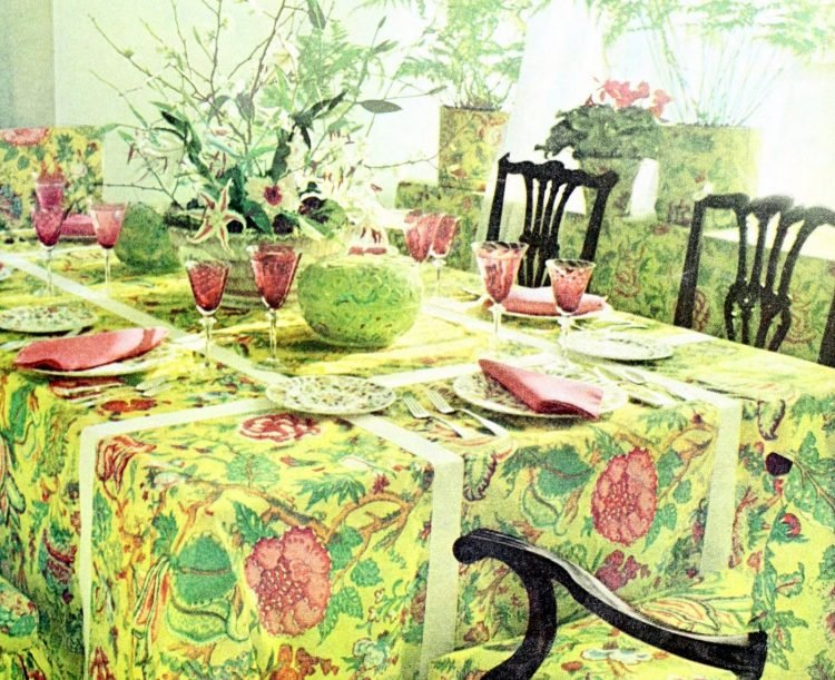 Vintage table settings from 1974 (10)