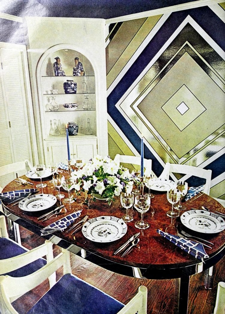 Vintage tablesettings from 1976 (2)