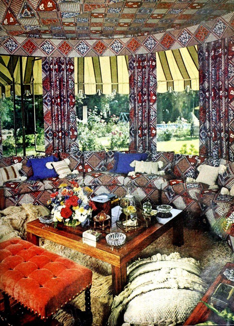Vintage winging seventies sofas (20)