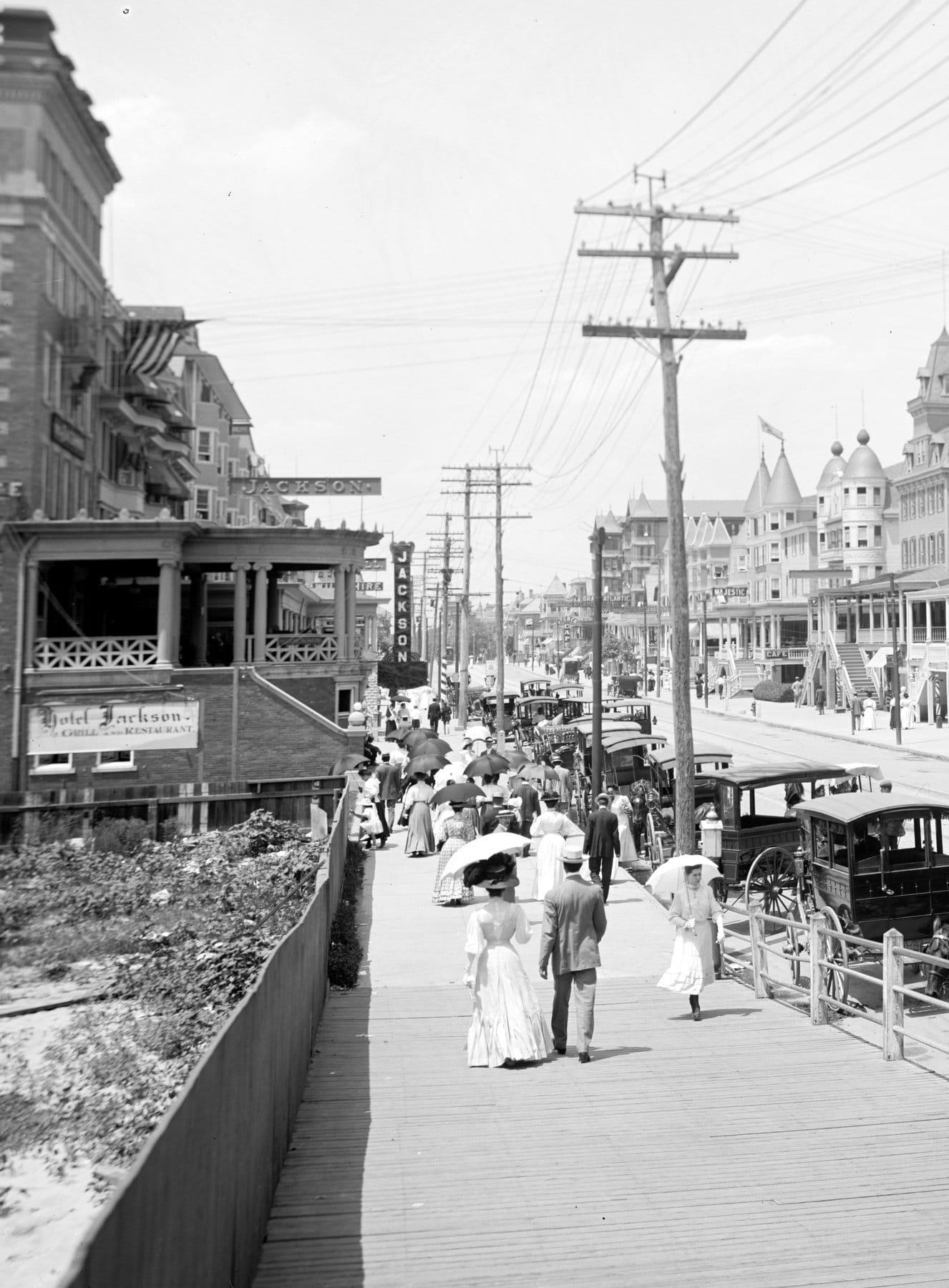 Virginia Avenue, Atlantic City (1905)