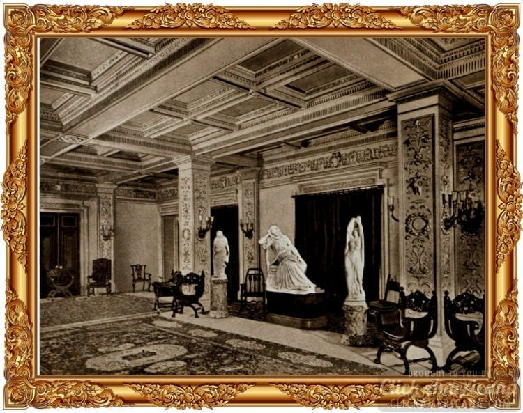 The luxurious old Waldorf-Astoria Hotel - 1903