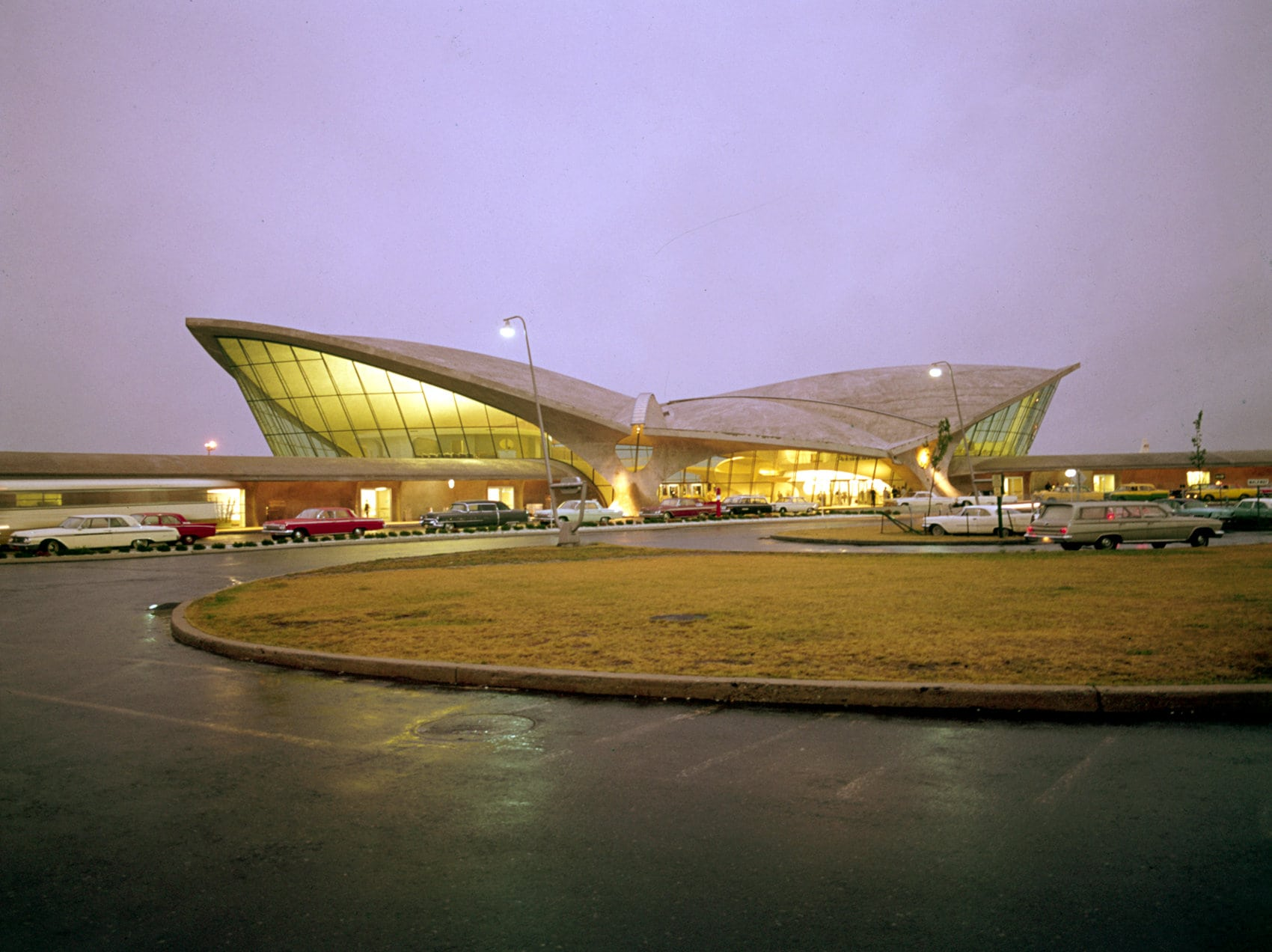 What the wild TWA Terminal at JFK airport looked like in the 1960s