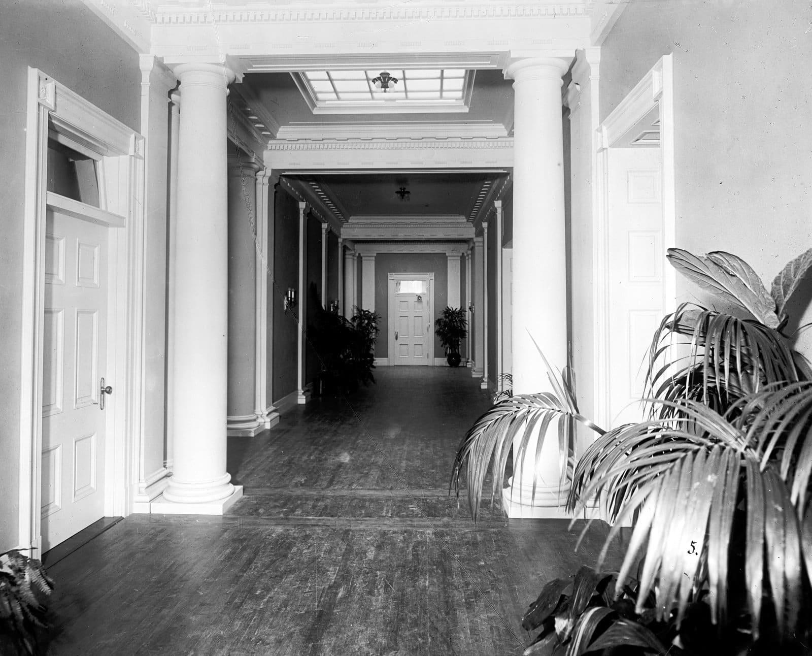 White House corridor
