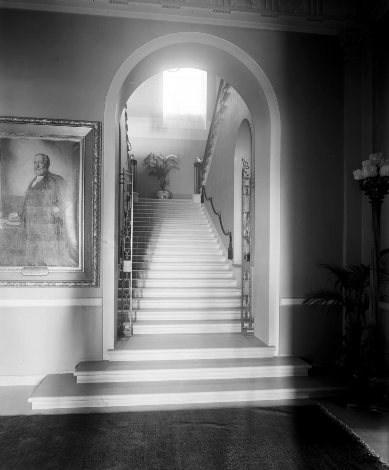 White House staircase